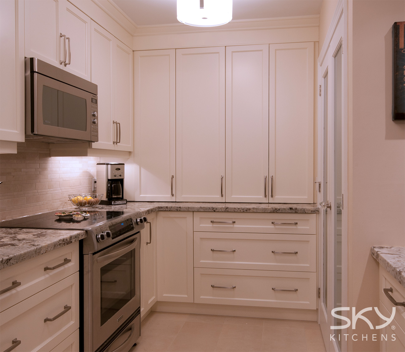 Transitional-Kitchen-8d